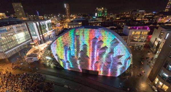 Hustle and bustle of versatility at GLOW Eindhoven